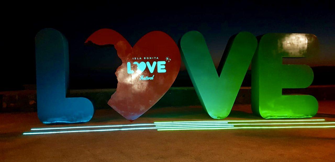 ENCENDIDO LUCES LOVE